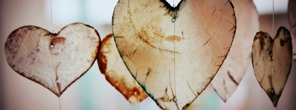 Foredrag: Ha' hjertet med på arbejde - Uden at dø af stress. TrivselsGuide.dk
